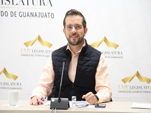 Dip. Víctor Zanella